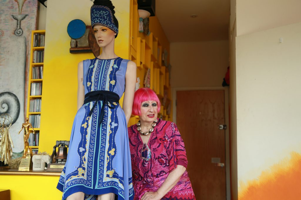 zandra-with-mannequin